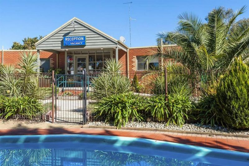 COMFORT INN COACH AND BUSHMANS - Tweed Heads Accommodation