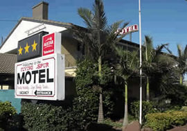 Flying Spur Motel - Tweed Heads Accommodation