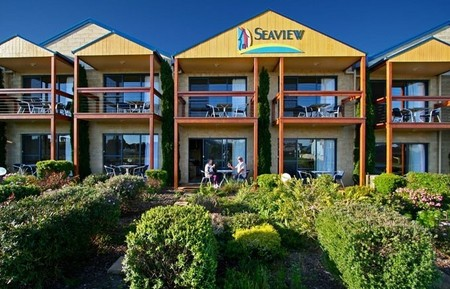 Seaview Motel  Apartments - Tweed Heads Accommodation