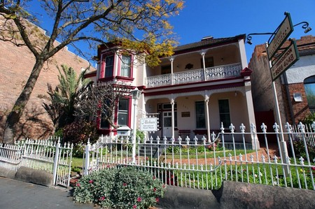 Alishan International Guesthouse - Tweed Heads Accommodation