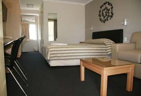 Queensgate Motel - Tweed Heads Accommodation