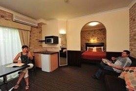 Highlander Motor Inn And Apartments - Tweed Heads Accommodation