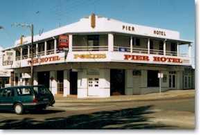 Pier Hotel - Tweed Heads Accommodation
