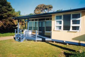 Eskavy Beach House - Tweed Heads Accommodation