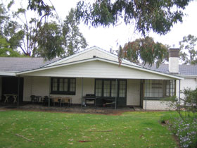 Naracoorte Cottages - Pinkerton Hill - Tweed Heads Accommodation