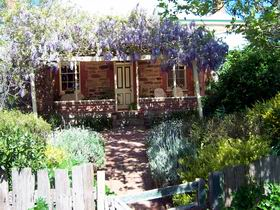 Sea  Vines Cottage - Tweed Heads Accommodation