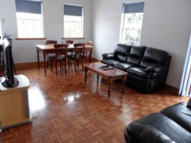 Lakeman Apartment - Tweed Heads Accommodation