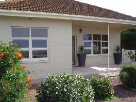 BeachBums Beach House - Tweed Heads Accommodation