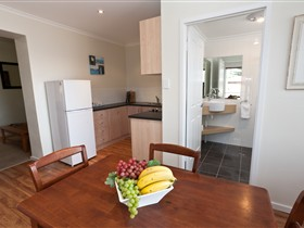 Bay 10 Accommodation - Tweed Heads Accommodation