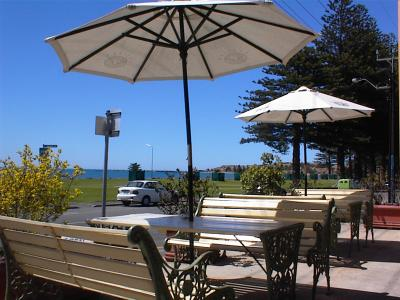 Anchorage at Victor Harbor Seafront Hotel - Tweed Heads Accommodation