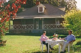 Hartzview Vineyard Homestead - Tweed Heads Accommodation