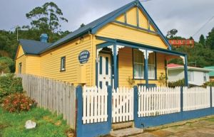 Comstock Cottage - Tweed Heads Accommodation