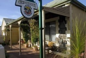 Emaroo Cottage on Oxide Street - Tweed Heads Accommodation