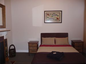 Cottage on Rowe - Tweed Heads Accommodation
