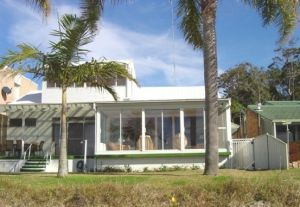 8 Seaview Crescent - Tweed Heads Accommodation