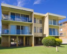 Little Hut - Tweed Heads Accommodation