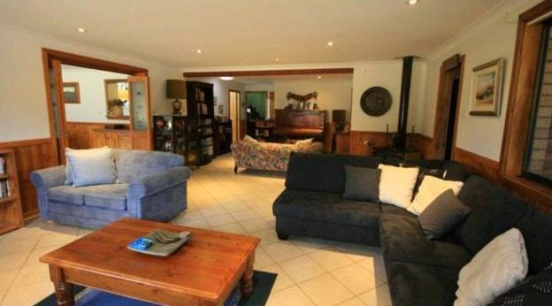 Adams Peak Retreat - Tweed Heads Accommodation