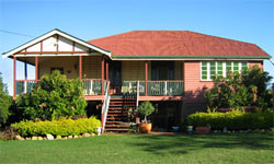 Mango Paradise Bed and Barra - Tweed Heads Accommodation