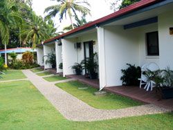 Sunlover Lodge Holiday Units and Cabins - Tweed Heads Accommodation