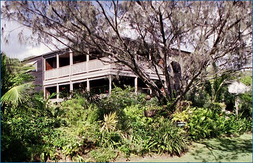 Fraser Island Hideaway - Tweed Heads Accommodation