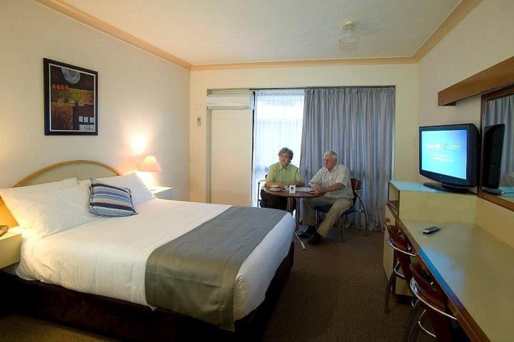 Longreach Motor Inn - Tweed Heads Accommodation