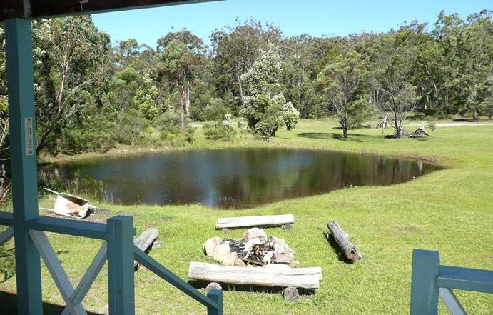Possums Hollow and Hooters Hut - Tweed Heads Accommodation