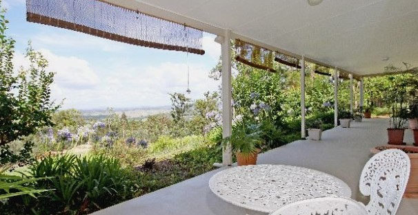 Bed and Breakfast at Wallaby Ridge - Tweed Heads Accommodation