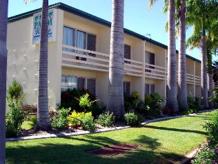 Palm Waters Holiday Villas - Tweed Heads Accommodation