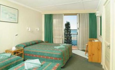 Mid Pacific Motel - Tweed Heads Accommodation