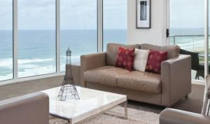 Mint Broadbeach - Tweed Heads Accommodation