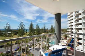 Sandpiper Apartments Broadbeach - Tweed Heads Accommodation