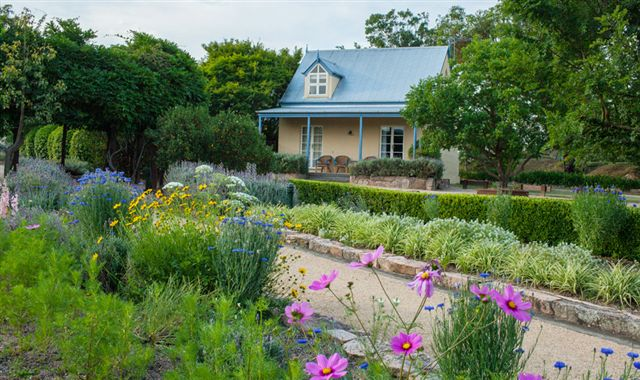 Vineyard Cottages and Cafe - Tweed Heads Accommodation
