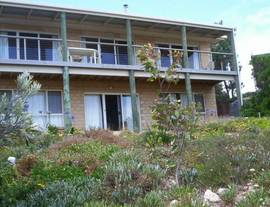 The Dog And Cockle Beach House - Tweed Heads Accommodation
