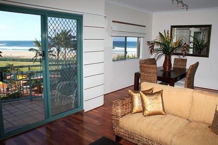 Currumbin Sands on the Beach - Tweed Heads Accommodation