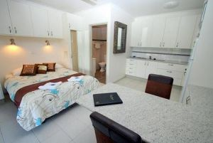 Coral Point Lodge - Tweed Heads Accommodation