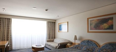 Coogee Sands Hotel And Apartments On The Beach - Tweed Heads Accommodation
