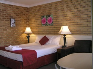 Blue Violet Motor Inn - Tweed Heads Accommodation