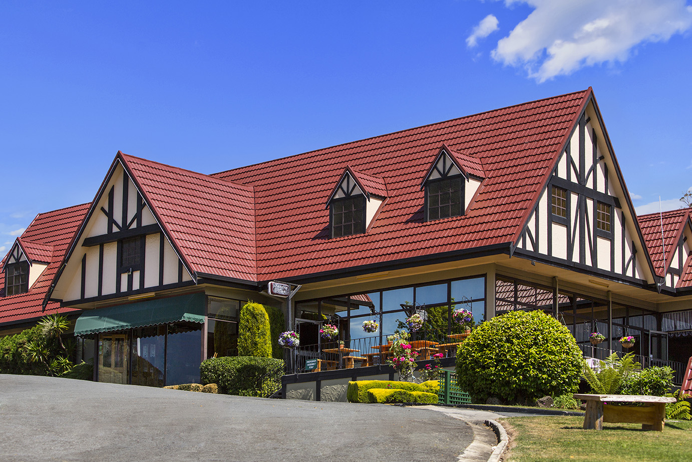 Village Family Motor Inn - Tweed Heads Accommodation