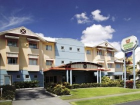 Cairns Queens Court Accommodation - Tweed Heads Accommodation