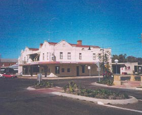 Namoi Hotel Motel - Tweed Heads Accommodation