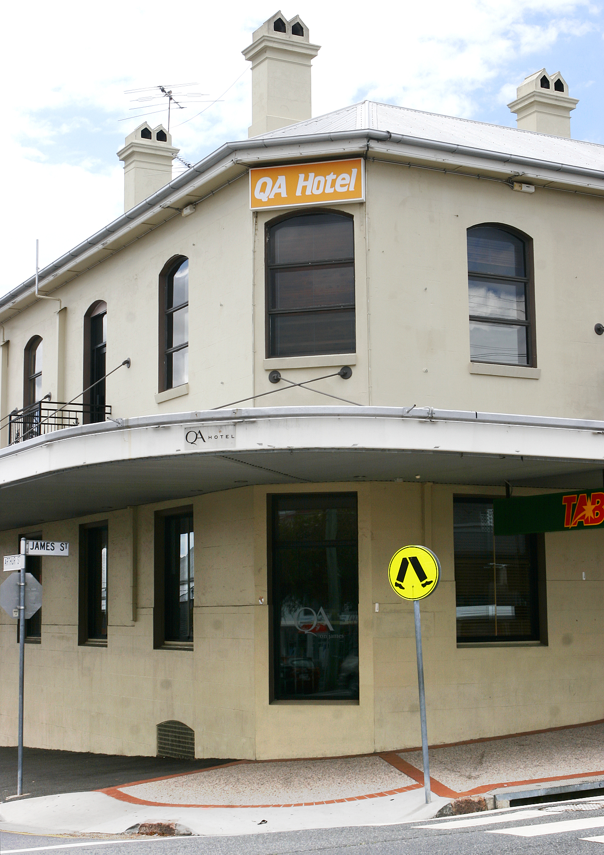QA Hotel - Tweed Heads Accommodation