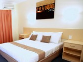 Emerald Maraboon Motor Inn - Tweed Heads Accommodation
