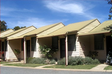 The Village Cabins - Tweed Heads Accommodation