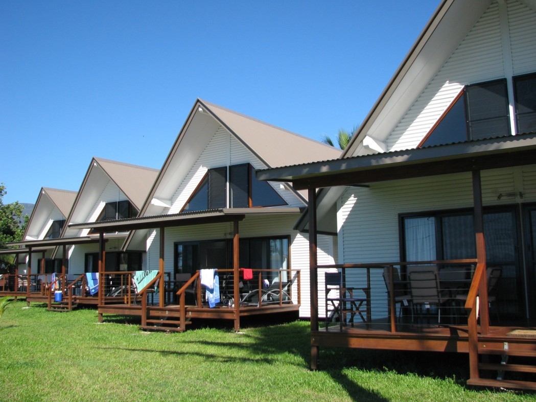 Cardwell Beachcomber Motel  Tourist Park - Tweed Heads Accommodation