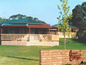 Carolynne's Cottages - Tweed Heads Accommodation
