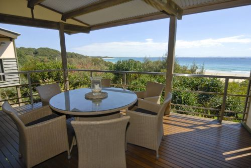 Discover Stradbroke - Tweed Heads Accommodation