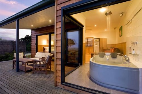 Coastal View Cabins - Tweed Heads Accommodation