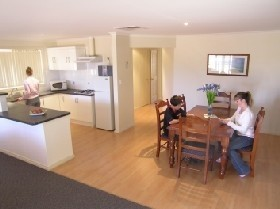 Copper Cove Holiday Villas - Tweed Heads Accommodation