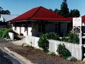 Cobb amp Co Cottages - Tweed Heads Accommodation