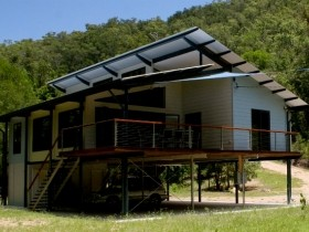 Creek Valley Rainforest Retreat - Tweed Heads Accommodation